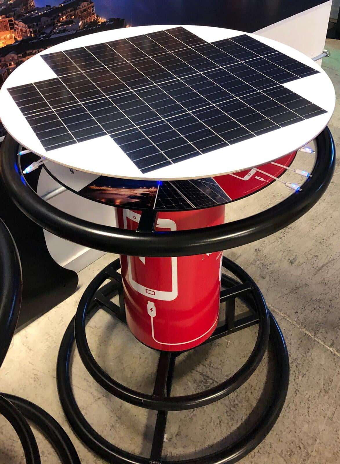 Enjoy Outdoor Events With Solar Charging Tables